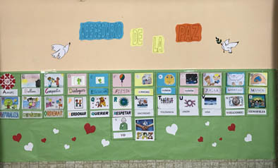 mural-abecedario-de-la-paz