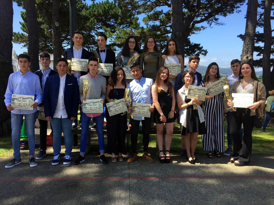 Cuarto con los diplomas
